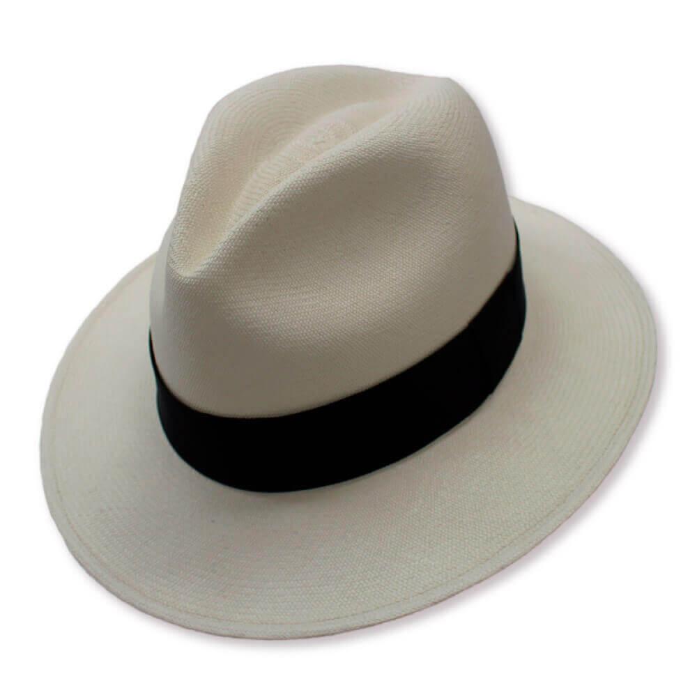museo-del-sombrero-de-paja-toquilla-cuenca-ecuador-panama-hats-sombrero-Clasico