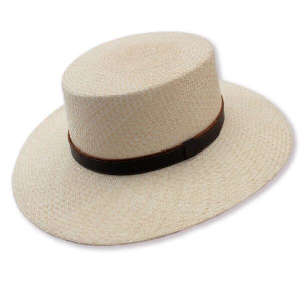 museo-del-sombrero-de-paja-toquilla-cuenca-ecuador-panama-hats-sombrero-Cordobes-Varon