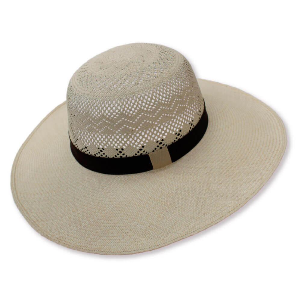 museo-del-sombrero-de-paja-toquilla-cuenca-ecuador-panama-hats-sombrero-Dama-redondo-calado