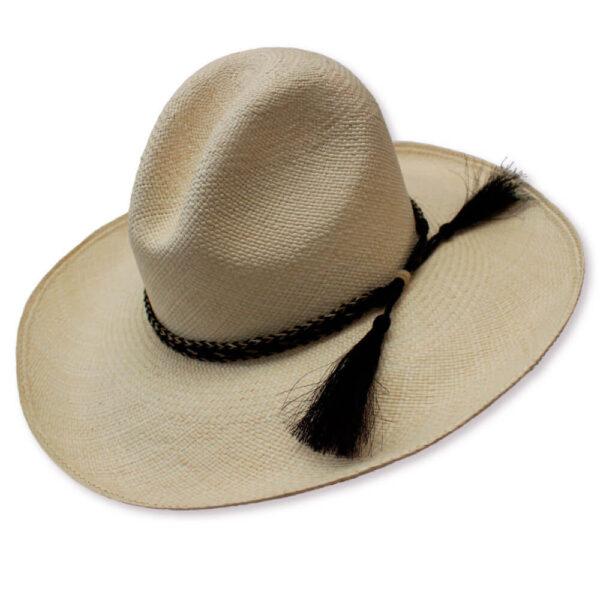 museo-del-sombrero-de-paja-toquilla-cuenca-ecuador-panama-hats-sombrero-Gus